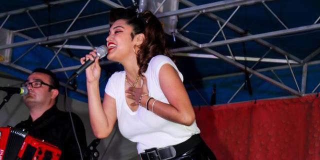 Veronique Medrano performs at 2015 Rio Grande Valley Livestock Show (Veronique Facebook photo)