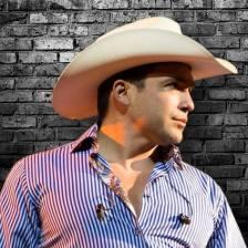 Bobby Pulido will perform a free concert at Festival de los Mavs on March 10 in Dallas, Tx. (Facebook)