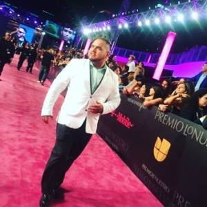 Florida Tejano singer Joe Zuniga walks the red carpet at Premios Lo Nuestro in Miami, Fl on February 18, 2016. (Facebook photo)