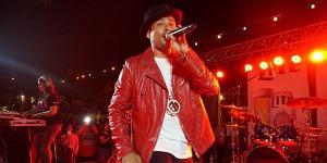 Frankie J performs at La Villita's Maverick Plaza in San Antonio, Texas on Aug. 11, 2016. (Rob Morris | KXTN)