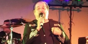 Adalberto Gallegos and Latin Breed perform at El Casino Ballroom in Tucson, Arizona on August 19, 2016. (Fanny Gurl | Tejano Nation)
