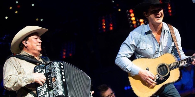 David Lee Garza shares details on surprise performance with Jon Pardi at San Antonio rodeo