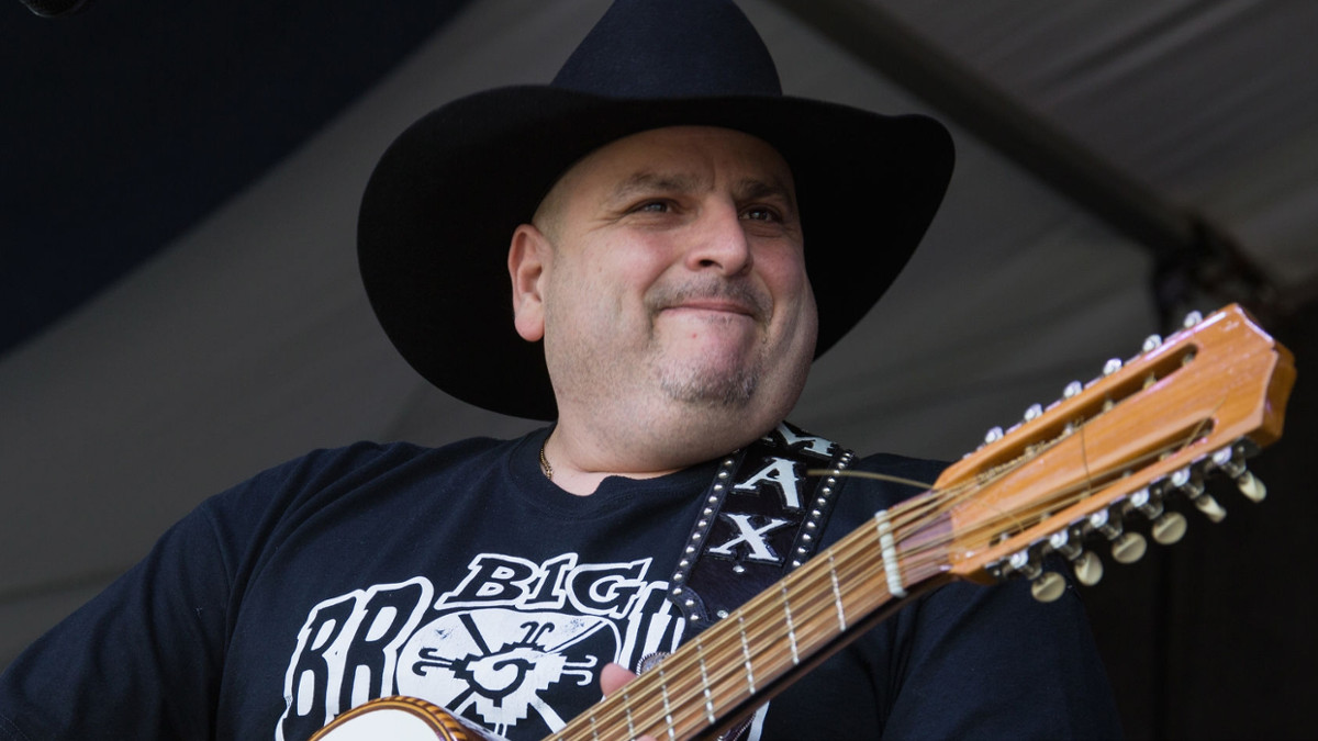 Max Baca of Los Texmaniacs released from hospital to continue COVID-19 recovery