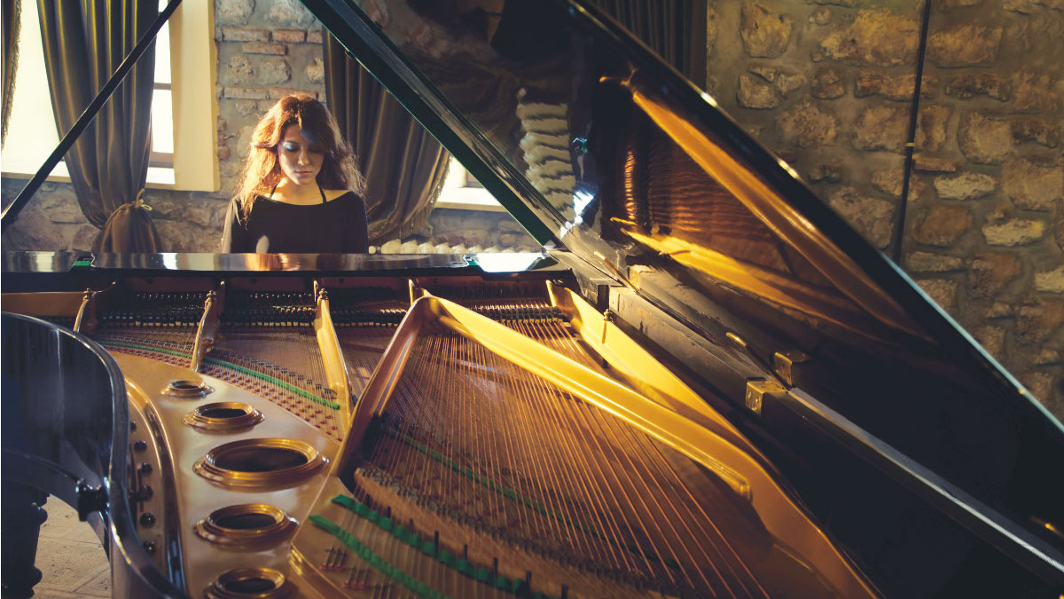 Dark Horse Institute launches Composition and Songwriting Program