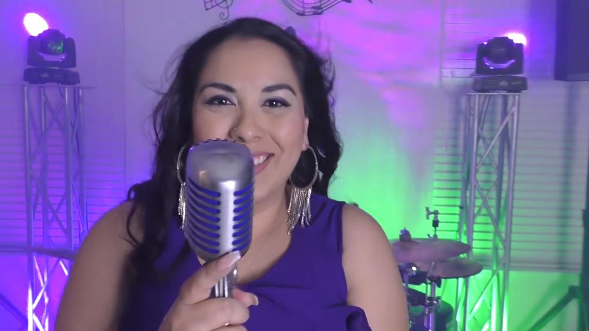 Beatriz Y Deztino return with new single and video 'Muevelo'